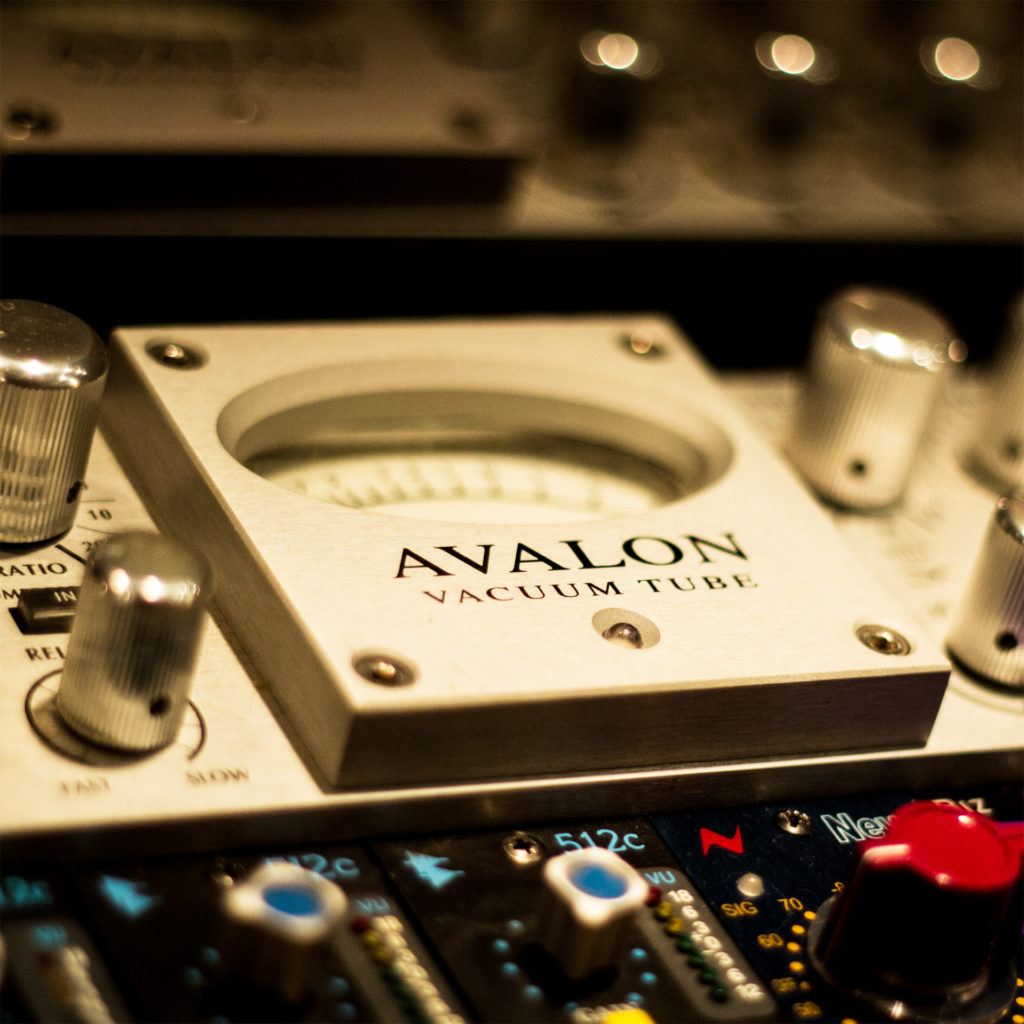 AVALON-1024x1024